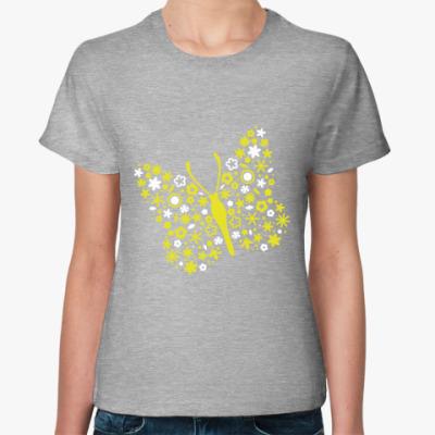 Женская футболка Бабочка из цветов