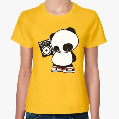 Женская футболка Панда с магнитофоном