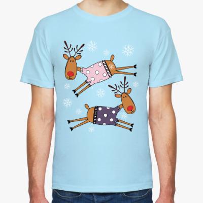 Футболка Новогодние олени в свитерах