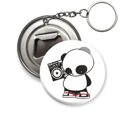 Брелок-открывашка Панда с магнитофоном