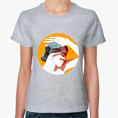 Женская футболка Девушка - солнце. Скетч.