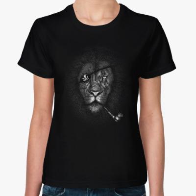 Женская футболка Лев Пират