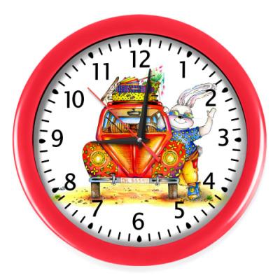 Настенные часы Кролик отправляется в путешествие