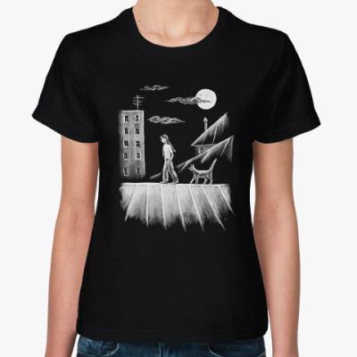 Женская футболка Прогулки под луной