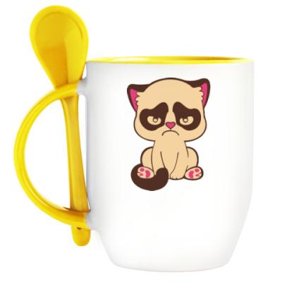 Кружка с ложкой Недовольный котенок