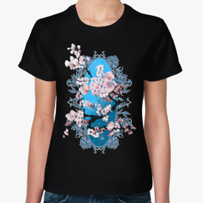 Женская футболка Цветущая сакура