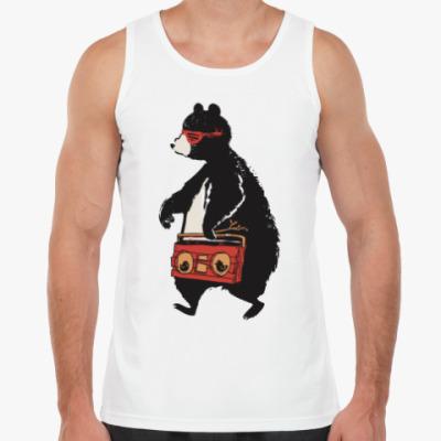 Майка Медведь с магнитофоном