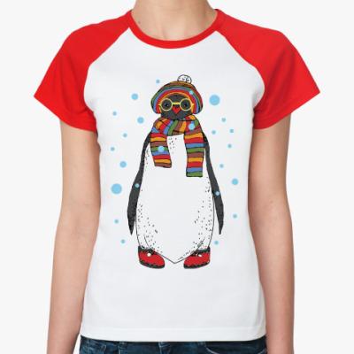 Женская футболка реглан Новогодний пингвин в шапке