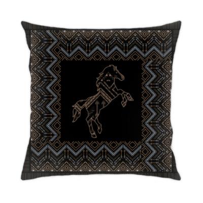 Этнический дизайн с лошадью