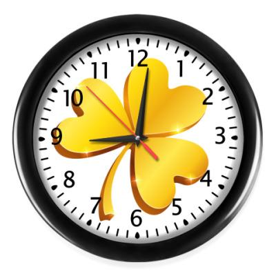 Настенные часы Золотой объемный клевер