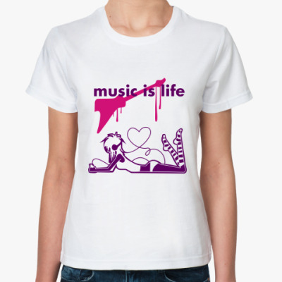 Классическая футболка music is life