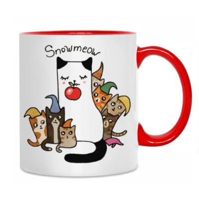 Сиамская кошка с котятами из сказки для детей