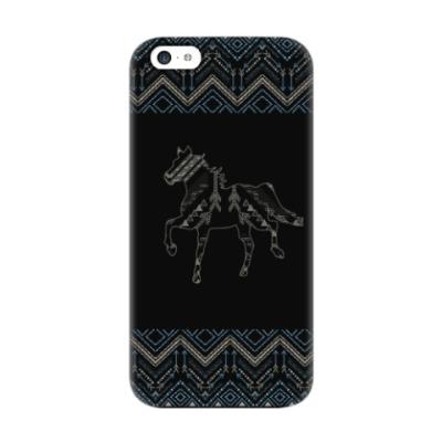 Чехол для iPhone 5c Этнический дизайн с лошадью