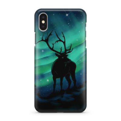 Чехол для iPhone X Северный олень на фоне северного сияния