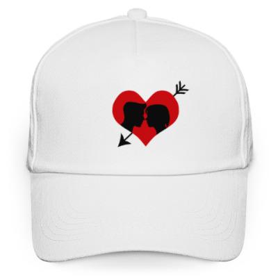 Кепка бейсболка Сердце хочет любви