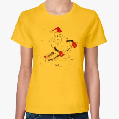 Женская футболка Овца-хоккеистка