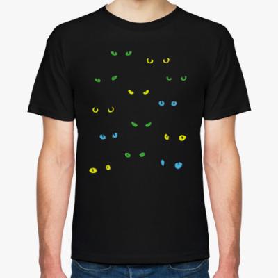 Футболка 13 чёрных кошек в тёмноте