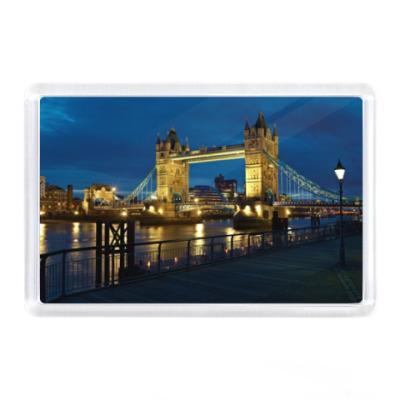Магнит Лондон, Англия