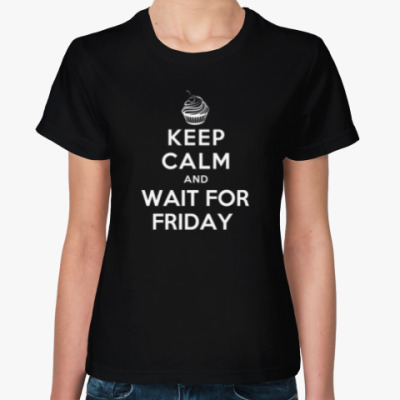 Женская футболка В предвкушении пятницы