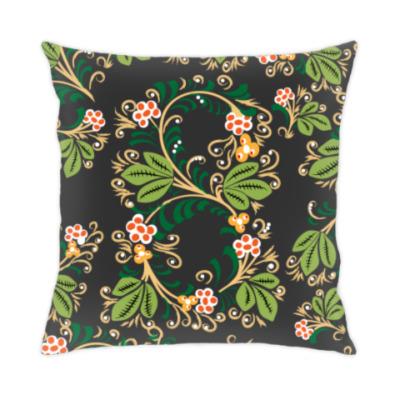 Подушка Узор. Листья и ягоды.