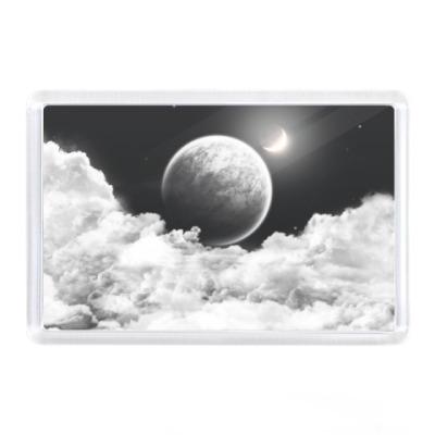 Магнит Луна на небе