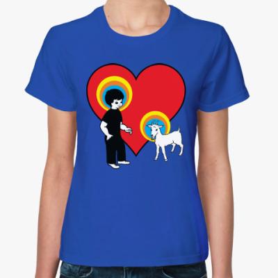Женская футболка Мальчик и коза