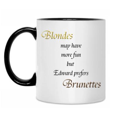 Кружка Ed prefers brunettes