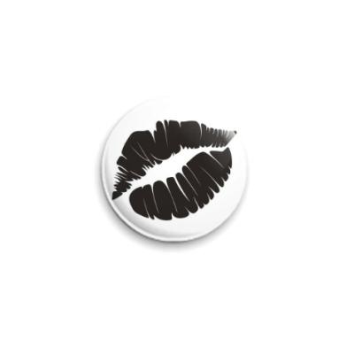 Значок 25мм Женские губы