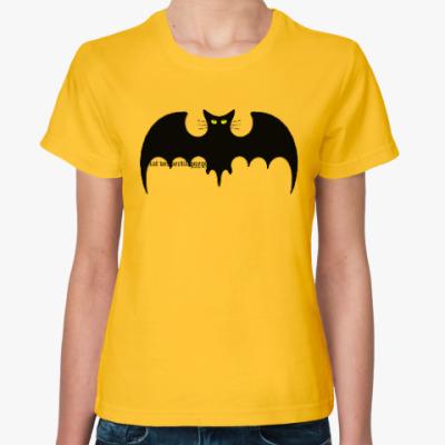 Женская футболка Летучая кошь